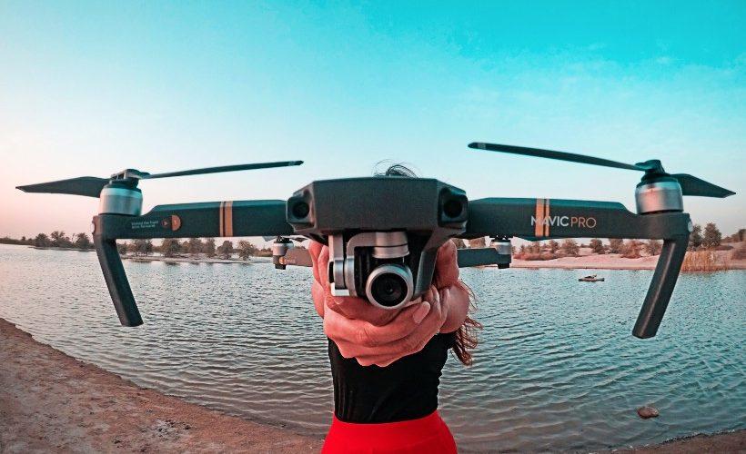 drone.women.water